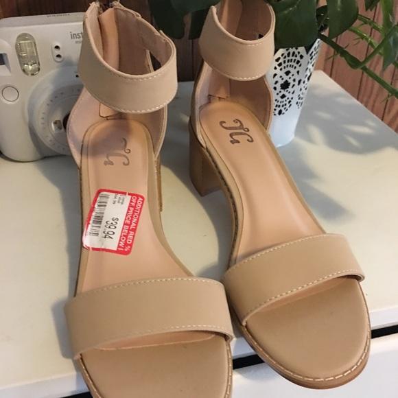 Dsw Womens Low Heels Sandals Tanbeige